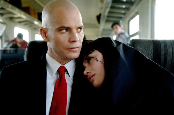 hitman_movie_image_timothy_olyphant_and_olga_kurylenko__1_.jpg