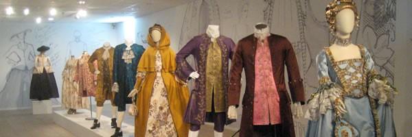 exhibicion-outlander-vestidos